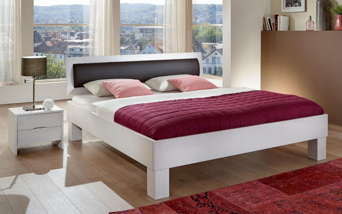 Dico Classic massives Holzbett weiß mit Polstereinlage