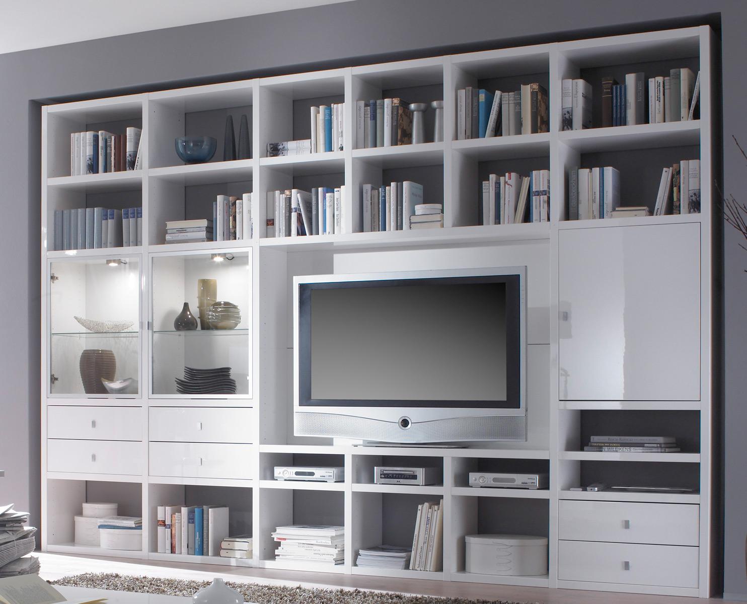 Toro Regalsysteme Wohnzimmer mit TV Fach und Glastüren nach Maß planen