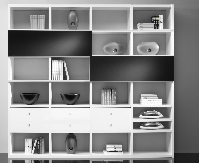 Toro Bücherregal weiß Hochglanz mit Schiebetüren nach Maß