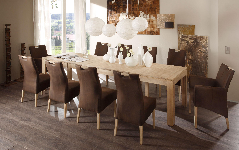 Essgruppe mit Tisch Tavoli und Sessel Bastian