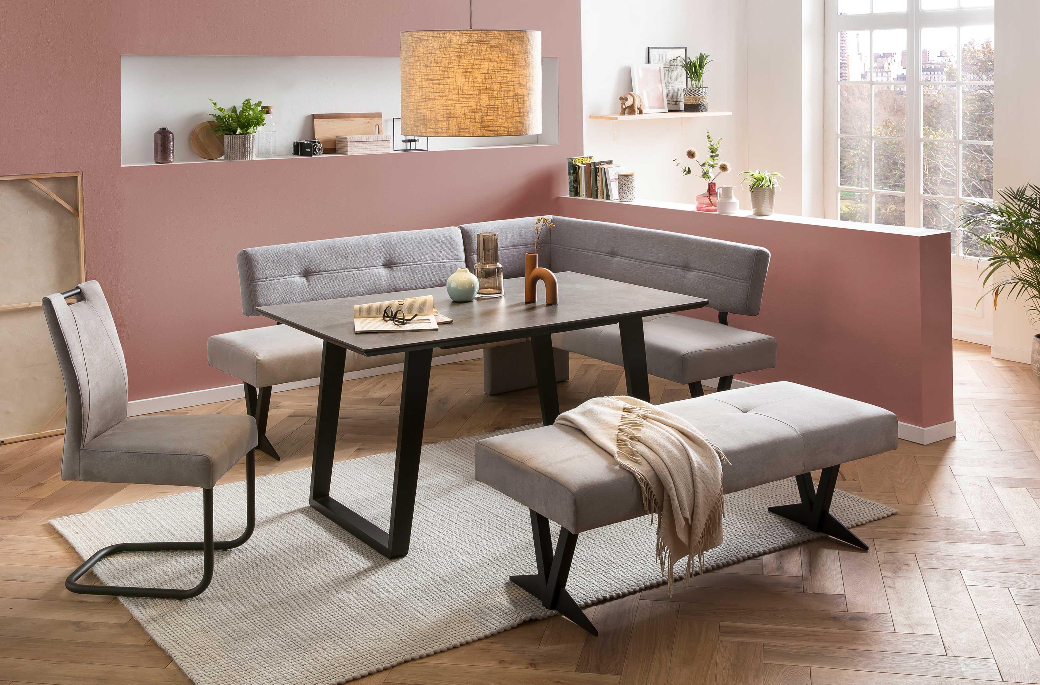 Standard Furniture moderne Eckbankgruppe Sant Etienne mit Dekton Tisch