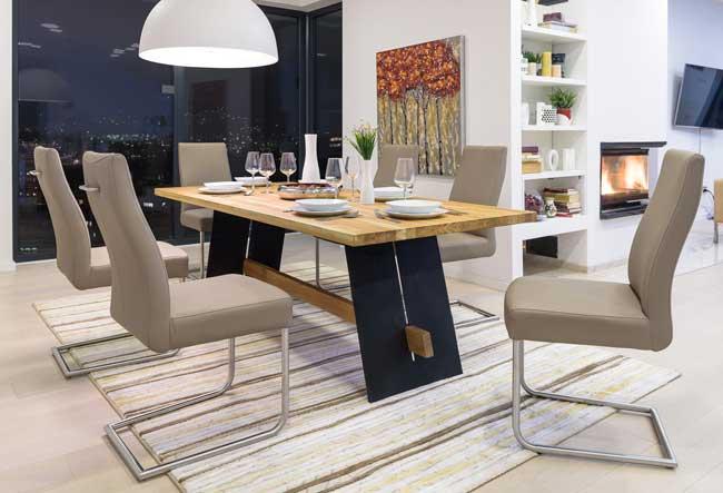 Standard Furniture Aladin Holztisch eiche / schwarz
