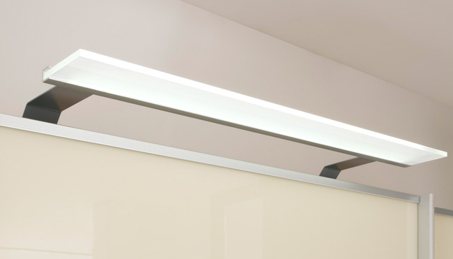 LED Beleuchtung Schrank Candleline alufarbig